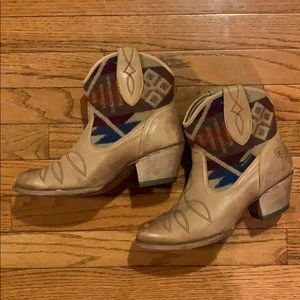 Ariat Meadow Pendleton LC Santa Fe Boots Tan US8B